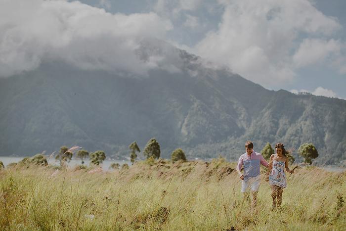 lombokweddingphotography-baliweddingphotography-topbaliphotographers-engagement-postwedding-photographersinbali-baliweddingphoto-photography-apelphotography-pandeheryana_39