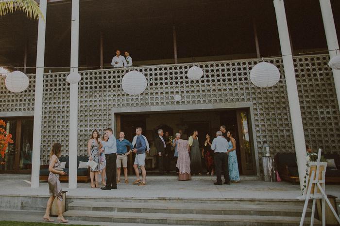 Pandeheryana_baliweddingphotography-baliwedding-photographersinbali-weddingatJeevaSaba-lombokweddingphoto-lembonganweddingphoto-nusapenida-bestweddingphotographers_32
