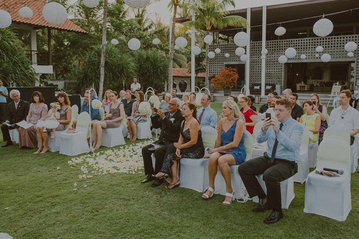 Pandeheryana_baliweddingphotography-baliwedding-photographersinbali-weddingatJeevaSaba-lombokweddingphoto-lembonganweddingphoto-nusapenida-bestweddingphotographers_48