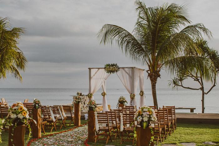 apelphotography-QunciPoolVillaWedding-Lombokweddingphotography-sengigilombok-baliwedding-pandeheryana-lombokphotos-lembonganwedding-bestweddingphoto-photographers_65_