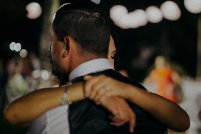 apelphotography-astonbaliwedding-weddingphotographers-baliweddingphotography-destinationwedding-lembonganwedding-lombokweddingphoto-bestweddingphotographersinbali-pandeheryana_107