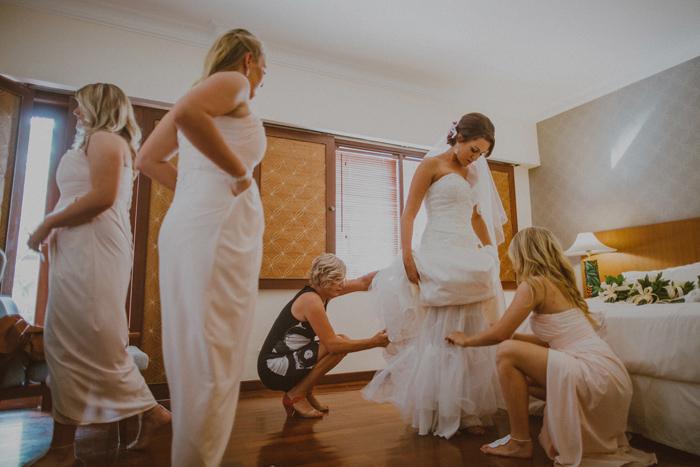 apelphotography-astonbaliwedding-weddingphotographers-baliweddingphotography-destinationwedding-lembonganwedding-lombokweddingphoto-bestweddingphotographersinbali-pandeheryana_27
