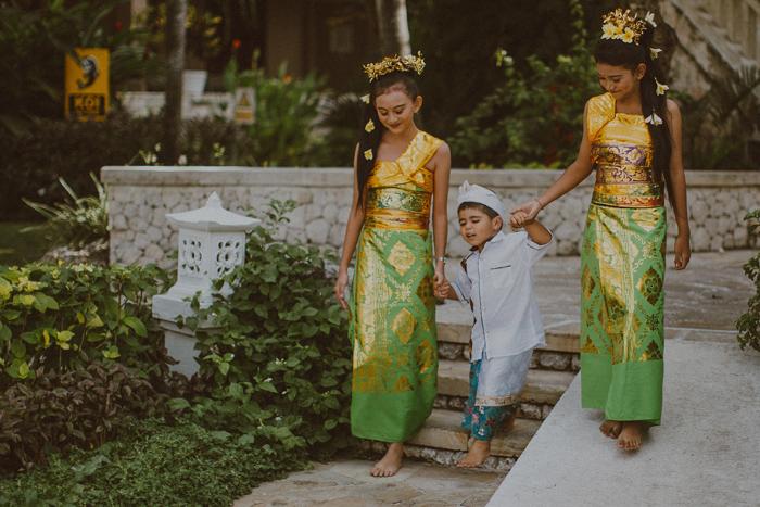 apelphotography-astonbaliwedding-weddingphotographers-baliweddingphotography-destinationwedding-lembonganwedding-lombokweddingphoto-bestweddingphotographersinbali-pandeheryana_42