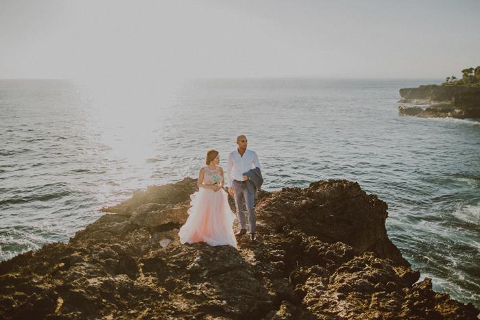 baliphotographers-baliweddingphoto-apelphotography-lembonganweddingphotography-lombokphotoswedding-engagement-preweddinginbali-pandeheryana_18