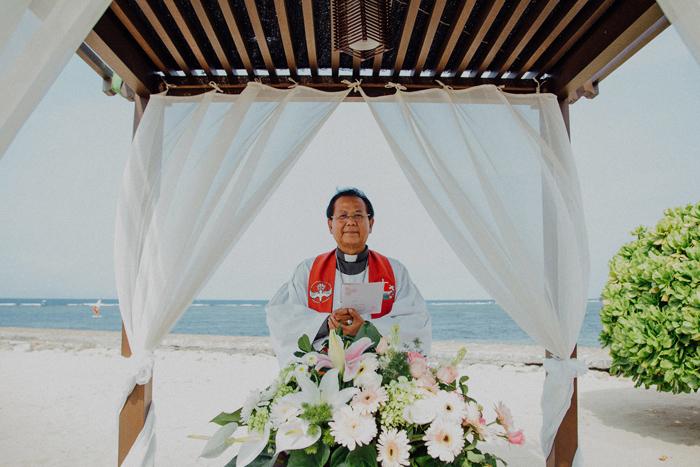 baliweddingphotography-kayumanisnusaduawedding-apelphotography-lembonganwedding-lombokweddingphotography-pandeheryana-bestweddingphotographers_69