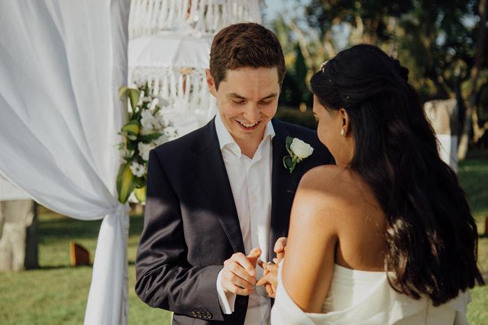 Allilaubudwedding-allilawedding-baliweddingphotographers-preweddinginbali-lombokphotograhpers-lembonganweddingphotography-pandeheryana-bestweddingphotographers43