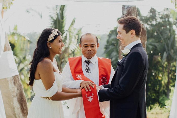 Allilaubudwedding-allilawedding-baliweddingphotographers-preweddinginbali-lombokphotograhpers-lembonganweddingphotography-pandeheryana-bestweddingphotographers46