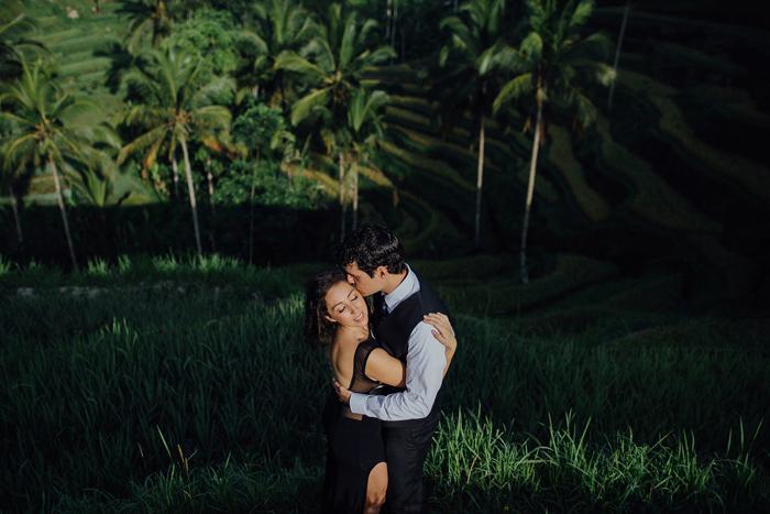 baliweddingphotographers-pandeheryana-bestbaliphotographers-weddinginbali-preweddinginbali-engagementphotography-vscofilmpreset-lombokweddingphotography_51