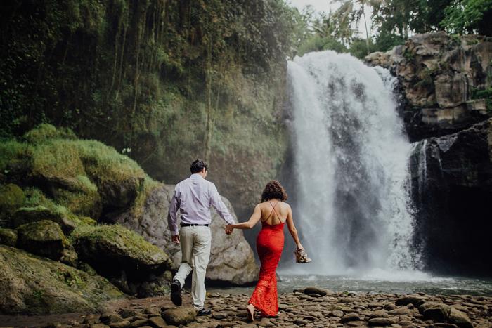 baliweddingphotographers-pandeheryana-bestbaliphotographers-weddinginbali-preweddinginbali-engagementphotography-vscofilmpreset-lombokweddingphotography_70