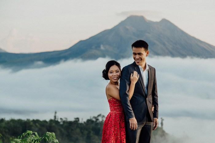 baliweddingphotography-balibasedweddingphotographers-apelphotography-pandeheryana-baturmountprewedding-bestweddingphotographers-12
