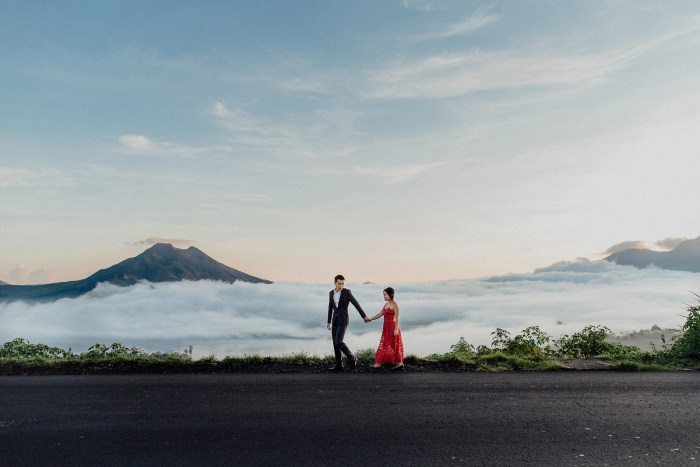 baliweddingphotography-balibasedweddingphotographers-apelphotography-pandeheryana-baturmountprewedding-bestweddingphotographers-13