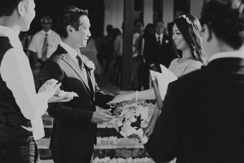 ApelPhotographyh-amanusavillaweddingamanusanusadua-weddingphotography-photographersinbali-lombokweddingphotographers-lembonganaweddingphotgraphers-57