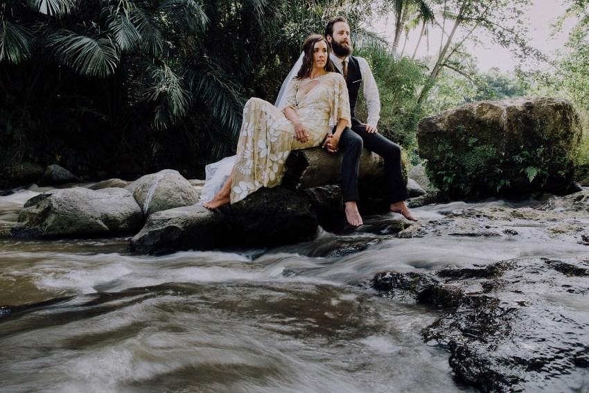 baliweddingphotographers-bambuindahresortubud-weddinginbali-weddingphotography-pandeheryana-bestweddingphotography-lombokweddingphoto-lembonganwedding-topweddingphotographersinbali-1