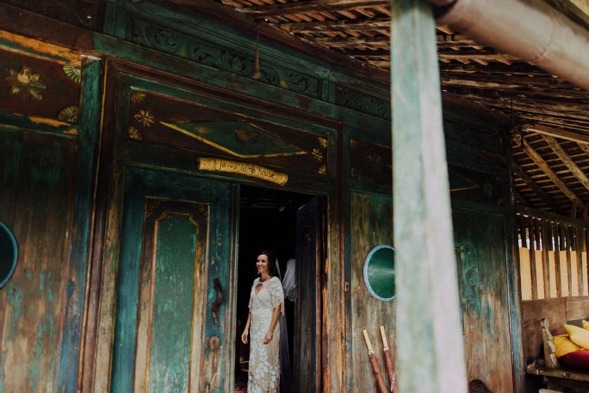 baliweddingphotographers-bambuindahresortubud-weddinginbali-weddingphotography-pandeheryana-bestweddingphotography-lombokweddingphoto-lembonganwedding-topweddingphotographersinbali-29