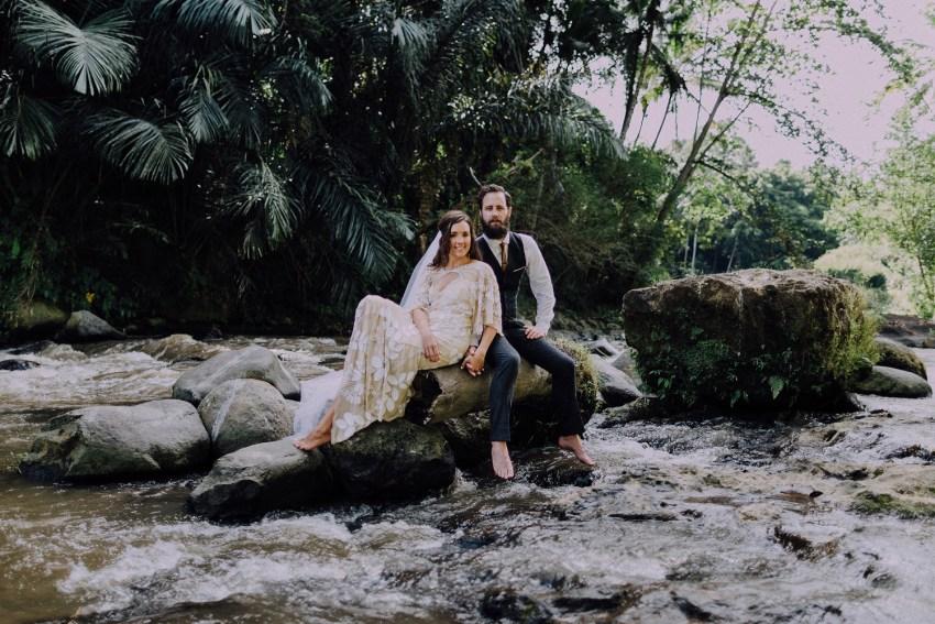 baliweddingphotographers-bambuindahresortubud-weddinginbali-weddingphotography-pandeheryana-bestweddingphotography-lombokweddingphoto-lembonganwedding-topweddingphotographersinbali-55