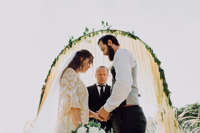 baliweddingphotographers-bambuindahresortubud-weddinginbali-weddingphotography-pandeheryana-bestweddingphotography-lombokweddingphoto-lembonganwedding-topweddingphotographersinbali-69