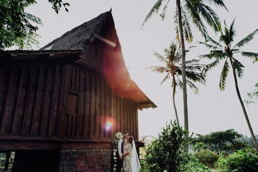 baliweddingphotographers-bambuindahresortubud-weddinginbali-weddingphotography-pandeheryana-bestweddingphotography-lombokweddingphoto-lembonganwedding-topweddingphotographersinbali-78