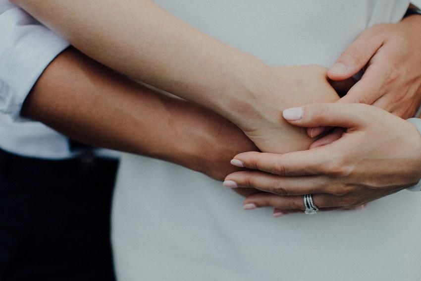 baliweddingphotographers-lembonganislandwedding-lombokweddingphotographers-pandeheryana-engagement-postweddinginbali-baliphotographers-12