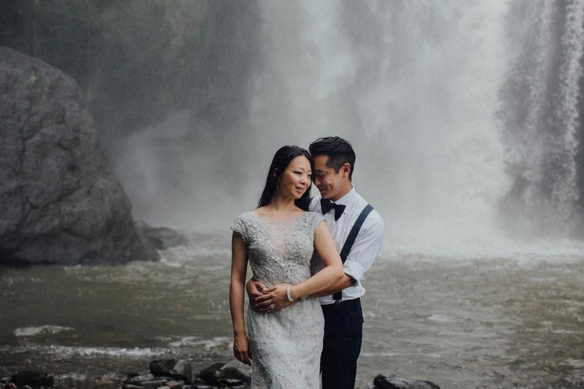 baliweddingphotographers-lembonganislandwedding-lombokweddingphotographers-pandeheryana-engagement-postweddinginbali-baliphotographers-15