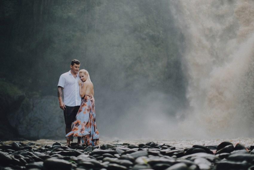 baliweddingphotographers-photographersinbali-engagementphotography-postweddinginbali-ubudweddingphotographers-pandeheryana-36