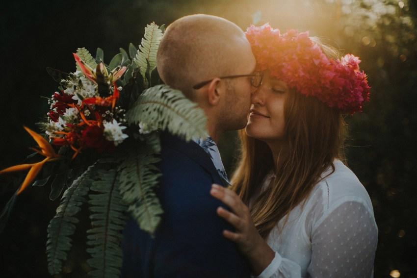 baliweddingphotographers-weddinginkarangasembukitasah-engagementphotography-elopmentweddinginbali-pandeheryana-lombokweddingphotographers-lembonganwedding-apelphotography-1