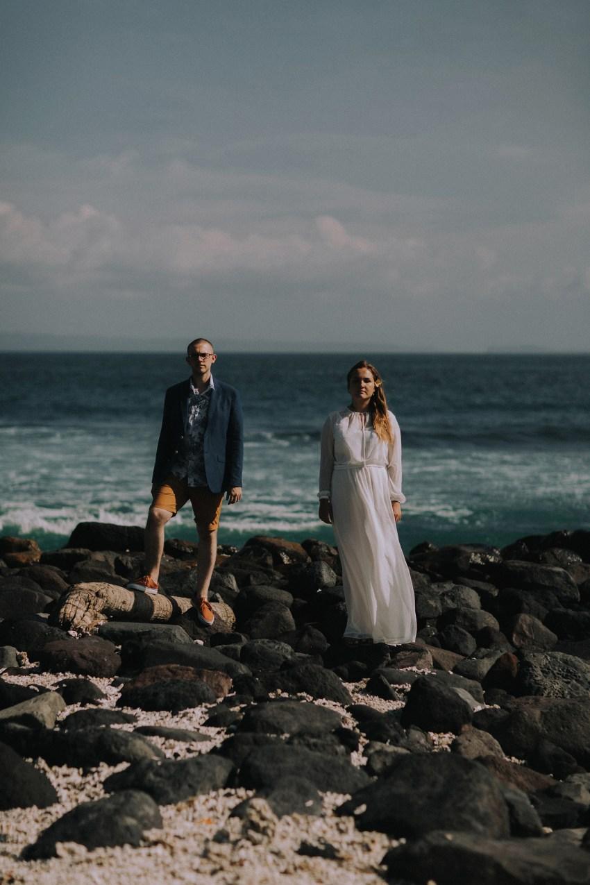 baliweddingphotographers-weddinginkarangasembukitasah-engagementphotography-elopmentweddinginbali-pandeheryana-lombokweddingphotographers-lembonganwedding-apelphotography-2