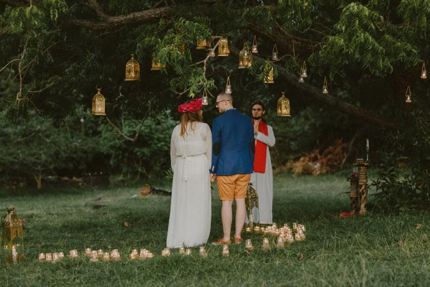 baliweddingphotographers-weddinginkarangasembukitasah-engagementphotography-elopmentweddinginbali-pandeheryana-lombokweddingphotographers-lembonganwedding-apelphotography-50