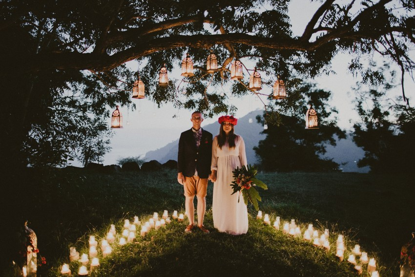 baliweddingphotographers-weddinginkarangasembukitasah-engagementphotography-elopmentweddinginbali-pandeheryana-lombokweddingphotographers-lembonganwedding-apelphotography-57