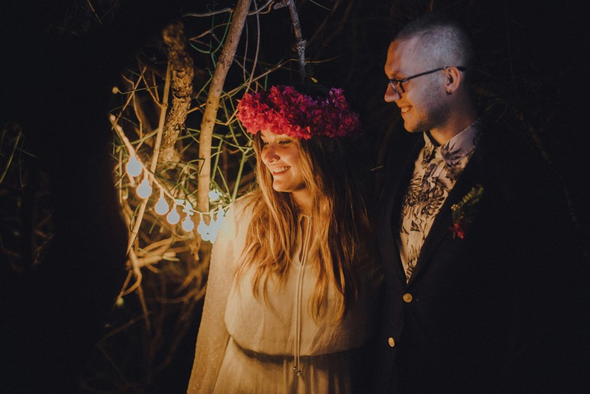 baliweddingphotographers-weddinginkarangasembukitasah-engagementphotography-elopmentweddinginbali-pandeheryana-lombokweddingphotographers-lembonganwedding-apelphotography-6