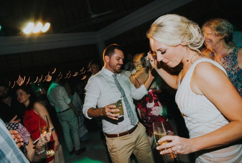 villaatasombakwedding-baliweddingphotography-pandeheryana-apelphotography-bestweddingphotographersinbali-100