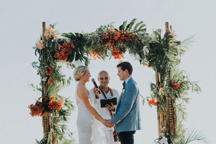 villaatasombakwedding-baliweddingphotography-pandeheryana-apelphotography-bestweddingphotographersinbali-47