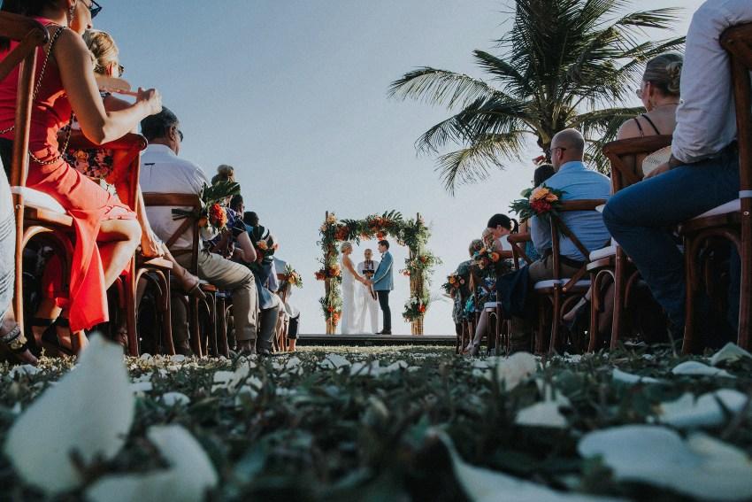 villaatasombakwedding-baliweddingphotography-pandeheryana-apelphotography-bestweddingphotographersinbali-49