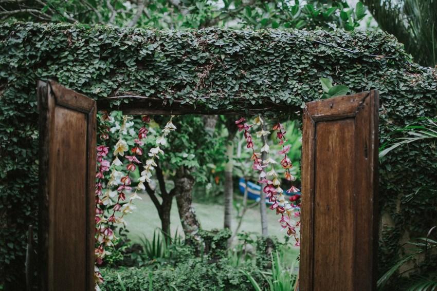 apelphotography-baliweddingphotography-lombokwedding-lembonganwedding-uouwatusurfvillawedding-bestweddingphotographersinbali_49