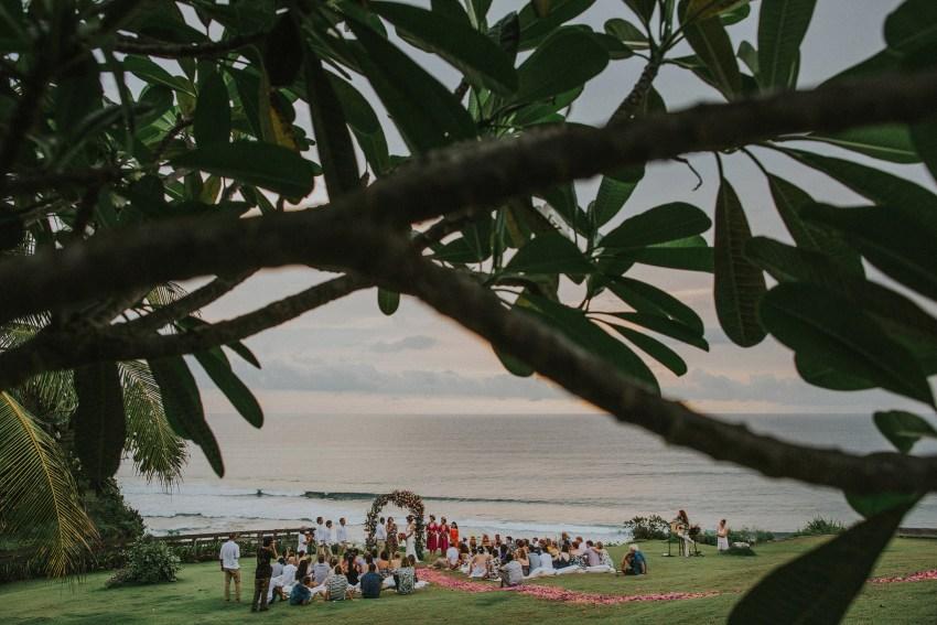 apelphotography-baliweddingphotography-lombokwedding-lembonganwedding-uouwatusurfvillawedding-bestweddingphotographersinbali_8