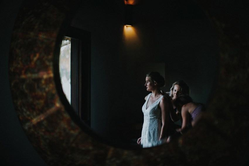 apelphotography-baliweddingphotographers-lombokweddingphotographers-sirabeachhousewedding-villasepoisepoi-lembonganwedding-42
