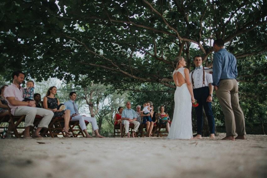 apelphotography-baliweddingphotographers-lombokweddingphotographers-sirabeachhousewedding-villasepoisepoi-lembonganwedding-67