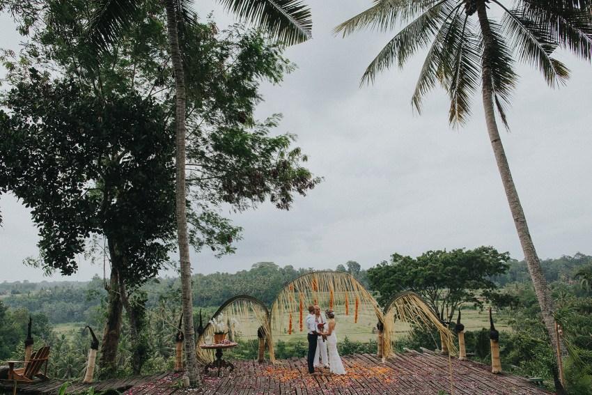pande-bambuindahresortubudwedding-baliweddingphotographers-apelphotography-32