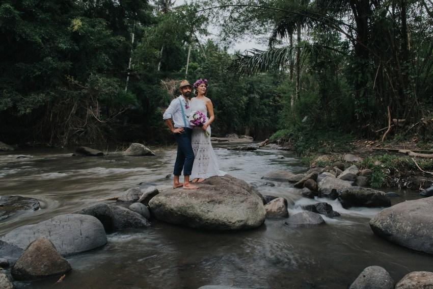 pande-bambuindahresortubudwedding-baliweddingphotographers-apelphotography-70
