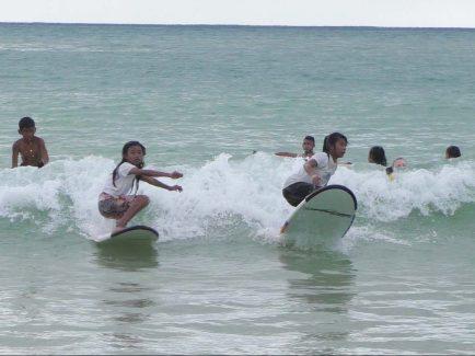 surf girls mentawai