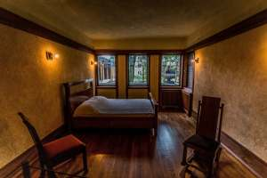 Bedroom In Frank Llyod Wright's Frederick C. Robie House