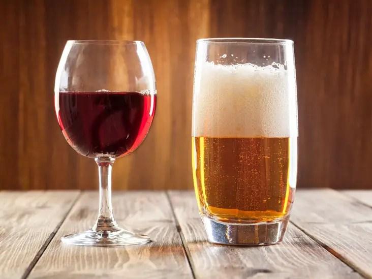 https://i1.wp.com/www.apetitoenlinea.com/wp-content/uploads/2018/01/beer-vs-wine-healthier_thumb.jpg?resize=732%2C549&ssl=1