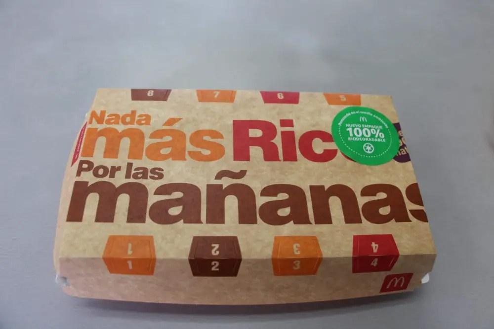 McDonald's sustituye bandejas plásticas por empaques de cartón