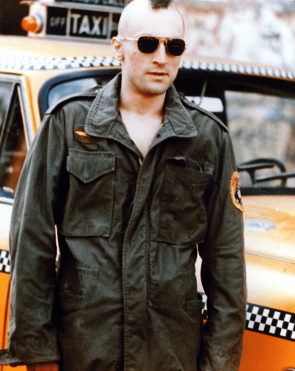 Robert De Niro wears a field jacket in the 1976 film Taxi Driver