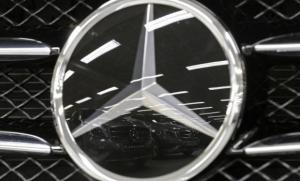 Mercedes-Benz Narrows Gap with Close Rivals in Luxury Cars