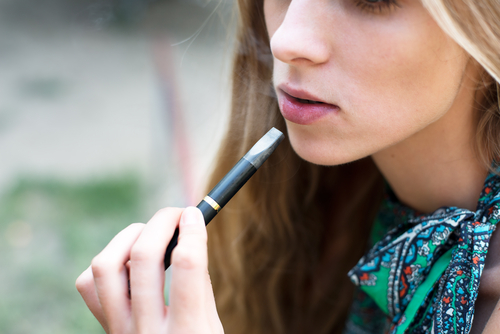 E-Cigarettes More Popular Among Teenagers Drop in Tobacco Use
