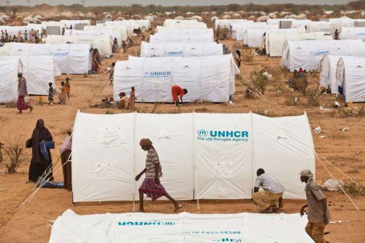 "alt=""UHNCR Tents Helping Refugees"""