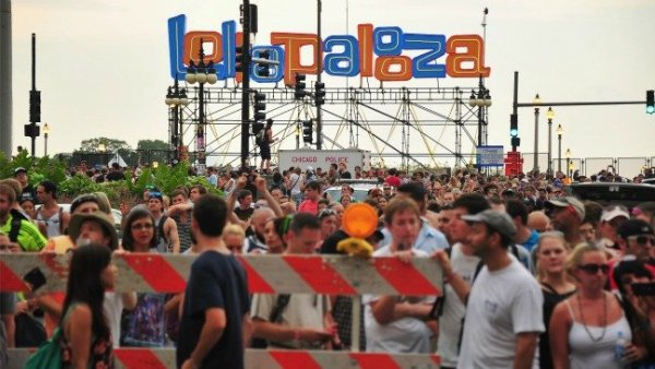 """facebook at Lollapalooza"""