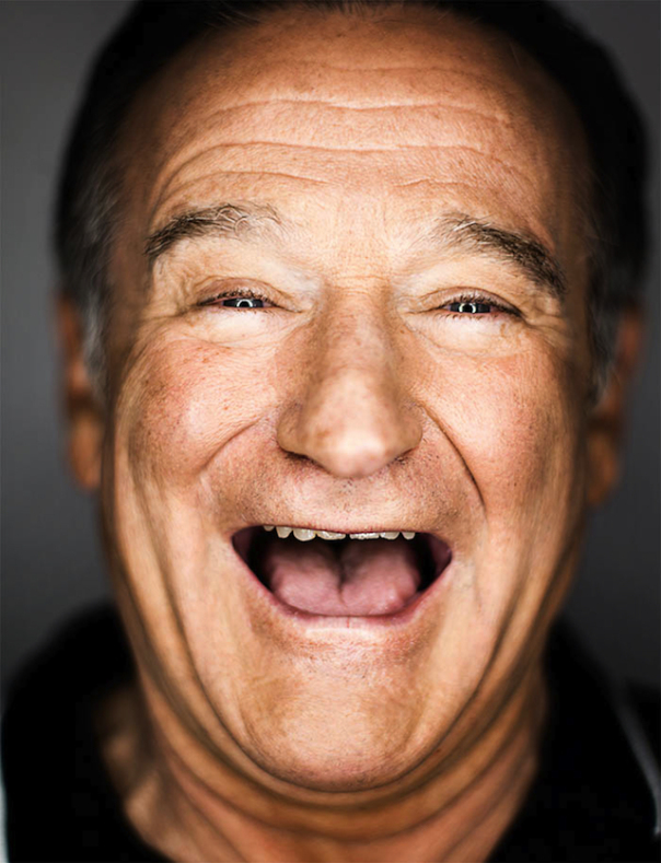 Remember Robin Williams 1 Year After His Death