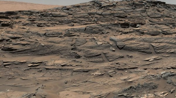 """new images from mars reveal petrified sand dunes"""