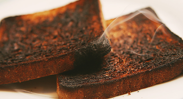 Well cooked toast presented with bigger risks than 'lightly cooked'.